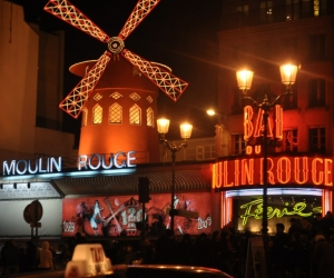 Cabaretul Moulin Rouge, Paris